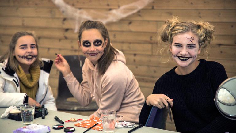 Hyggelig Halloween-feiring