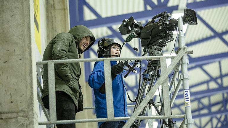 Tenåringer lager direktesendt TV