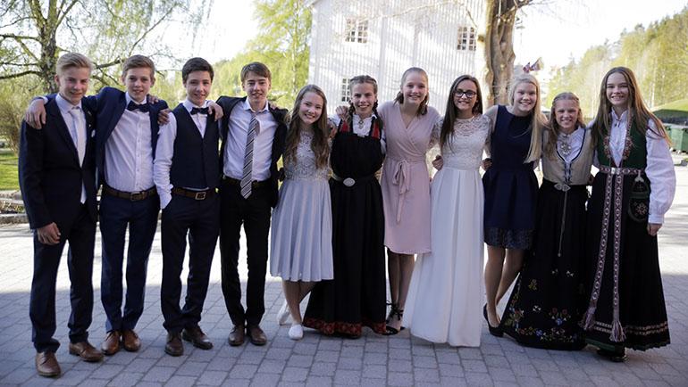 Trosopplæring og fest for ungdom