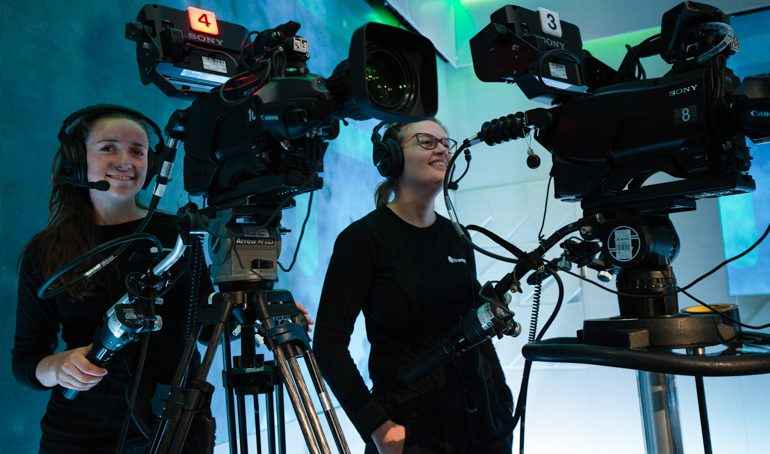 Hvordan er det å jobbe som lærling i BrunstadTV?